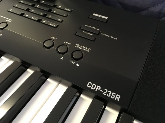 casio-cdp-235r-model_orig